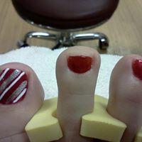 Best Nails logo