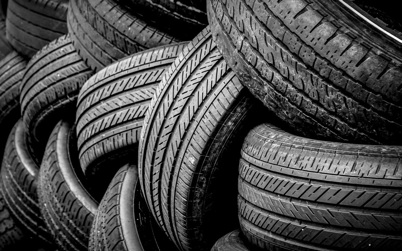 Tire kings logo