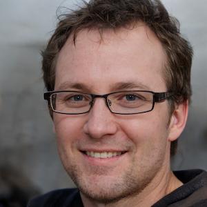 Author Adam Wilkinsa